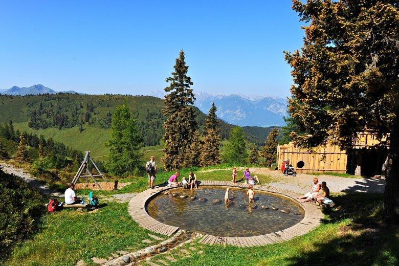 Kleine Abkühlung für kleine Kinder. , © © Alpbachtal Tourismus, Michael Mairhofer