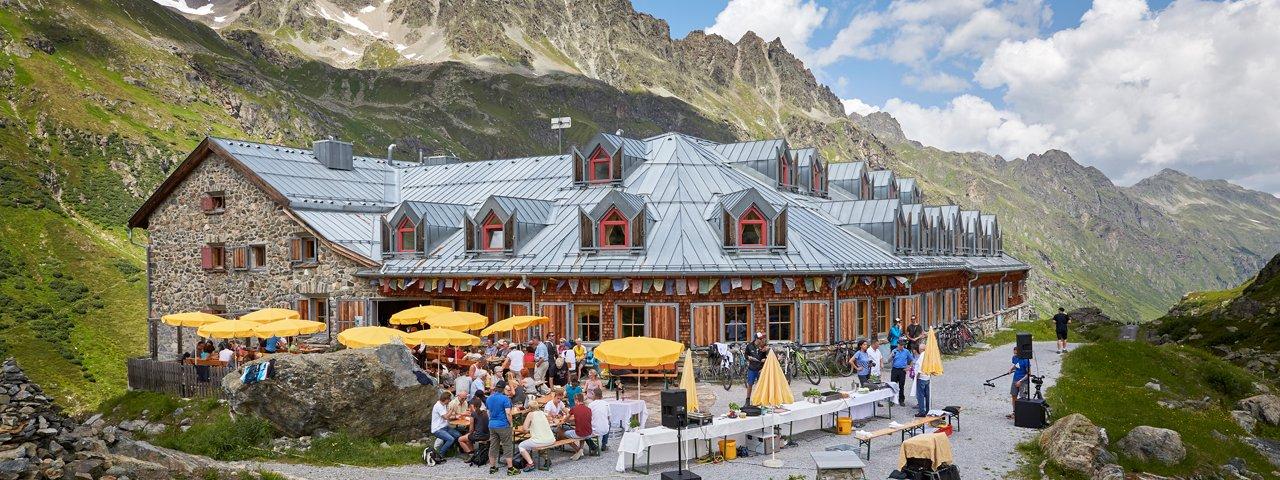 Die Jamtalhütte im Silvretta, © TVB Paznaun - Ischgl