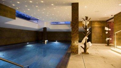 Schwimmbad Valluga Hotel
