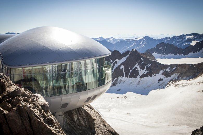 Café 3.440 am Pitztaler Gletscher (Foto: Daniel Zangerl)
