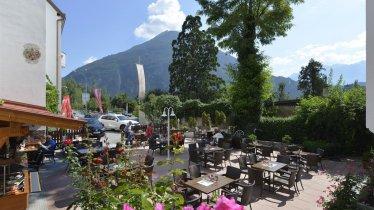 Unser Gastgarten in wundervoller Lage