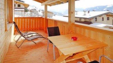 Gemütlicher Balkon mit Panoramablick