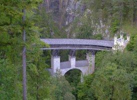 Die Hohe Brücke in der Wolfsklamm.