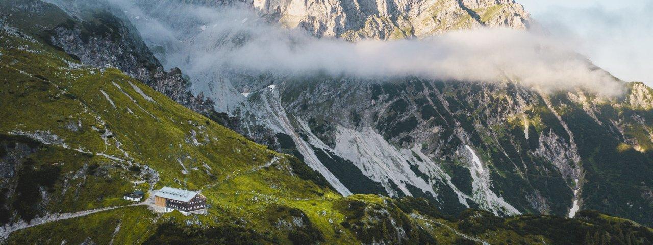 Gruttenhütte mit Wildem Kaiser., © Stefan Leitner