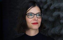Nina Tabssomi, Kuratorin des Taxispalais in Innsbruck , © Lisa Hörterer