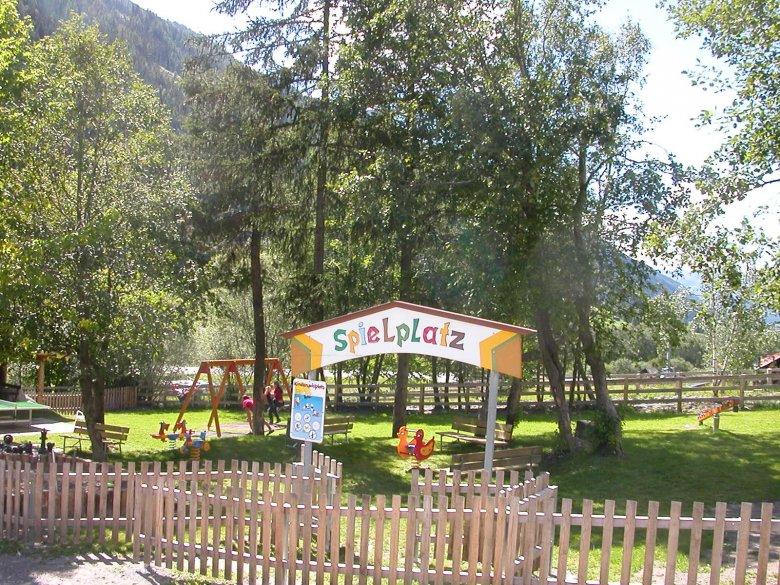 Spielplatz Schnann, Region St. Anton am Arlberg. © Tourismusverband St. Anton am Arlberg an