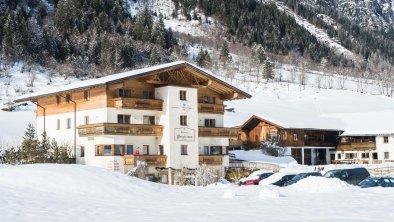 Haus Bergheimat im Winter