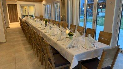 Wintergarten gedeckter Tisch 2