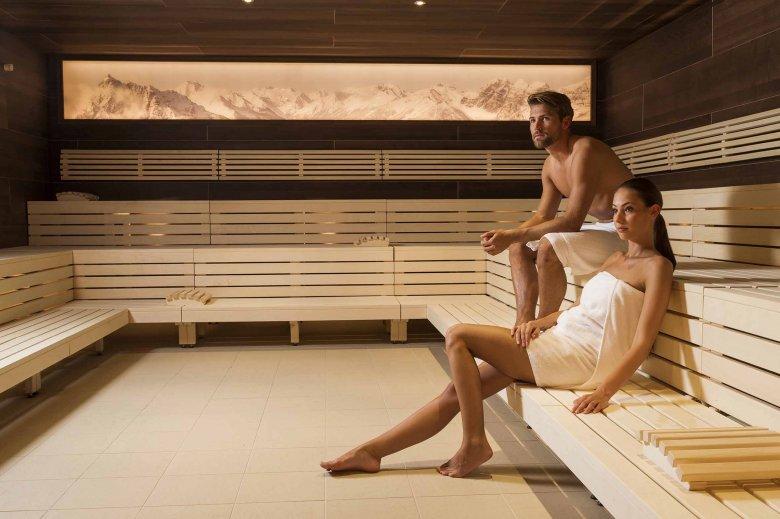 Großzügige finnische Sauna im Stubay in Fulpmes im Stubaital. Und davon gibt es gleich zwei! Foto: Stubay