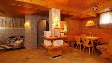 Pension Eden eine Sauna mit Tiroler Stammtisch