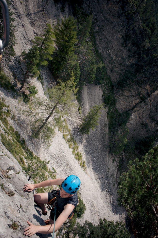 Anfänger glauben, dass es beim Klettern auf Hände und Arme ankommt. Tatsächlich ist die Fußarbeit viel wichtiger