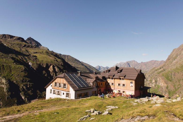 Das Taschachhaus in den Ötztaler Alpen.