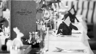 Restaurant Hotel Riedl in KössenTirol, © VANMEY Photography