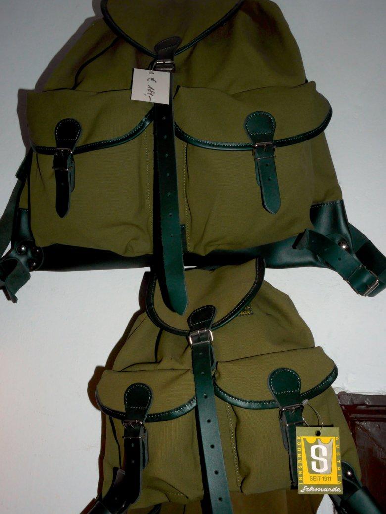 Seine Jagd-Rucksack-Serie hat Schmarda inzwischen um zwei Modelle erweitert– um eines für Damen und eines für Kinder.
