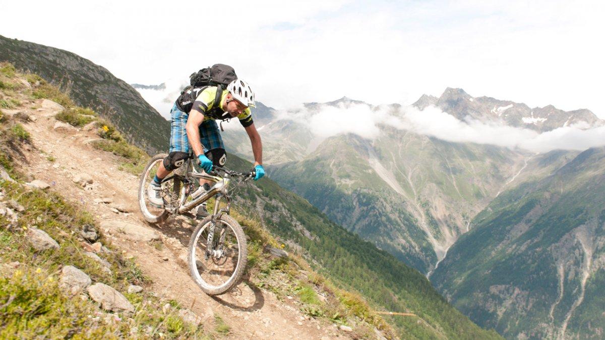 Mountainbiken im Ötztal, © Tirol-Werbung-Werlberger-Michael