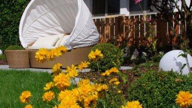 Garten mit Biotop, © Naturhotel Outside