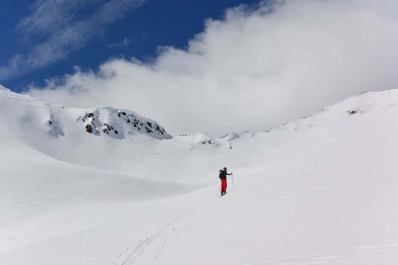 Genug Platz für alle am Weg zum Pfanntörl: So viel ist im Villgratental an einem starken Skitourenwochenende los.