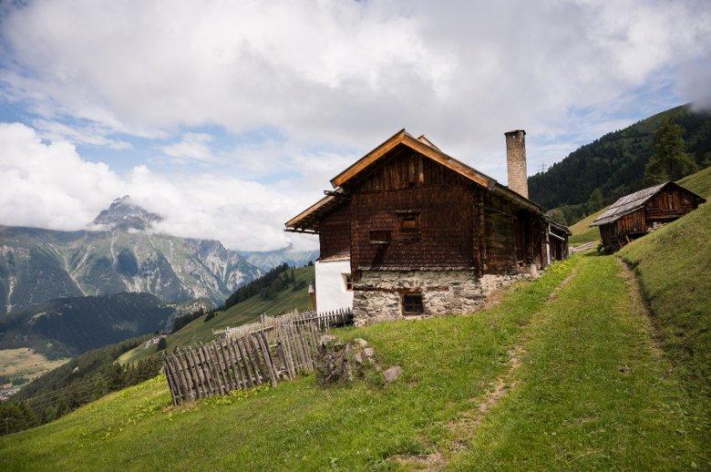 Der Stableshof oberhalb von Nauders ist einer der ältesten und höchst gelegenen Bergbauernhöfe in Tirol.