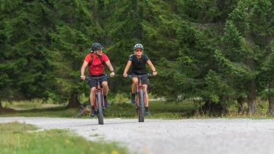 E-Biken in Reith, © Olympiaregion Seefeld - Andreas Kern