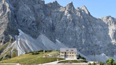 Die Falkenhütte am Fuß der Laliderer Wände, © DAV Sektion München & Oberland