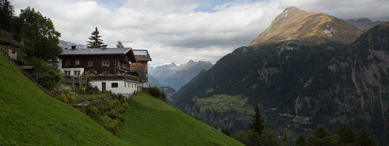 Kräuterwirtshaus Strumerhof in Matrei in Osttirol, © Tirol Werbung/Bert Heinzlmeier