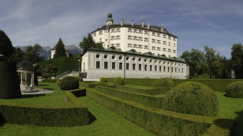 Schloss Ambras im Sommer, © Tirol Werbung/Aichner Bernhard