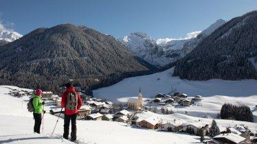 Winterwandern am Wiesenweg, © Tirol Werbung / Frank Stolle