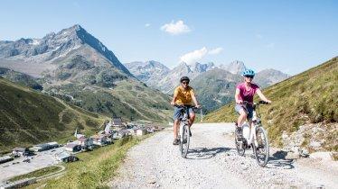 Mountain biking near Kühtai, © TVB Innsbruck/Daniel Zangerl