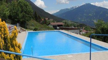 Schwimmbad Grins, © TVB Tirol West/Franz Maaß