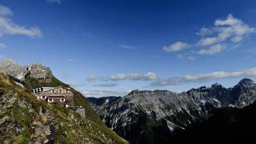 Innsbrucker Hütte in den Stubaier Alpen, © Innsbrucker Hütte