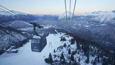 Hoch über dem Seefelder Plateau, © Olympiaregion Seefeld, Burnz Neuner