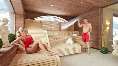 Alpeiner Nature Resort-Textilsauna Schwimmbad.jpg