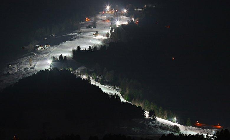 Nachtskilauf am Rangger Köpfl, Foto: Bergbahnen Oberperfuss