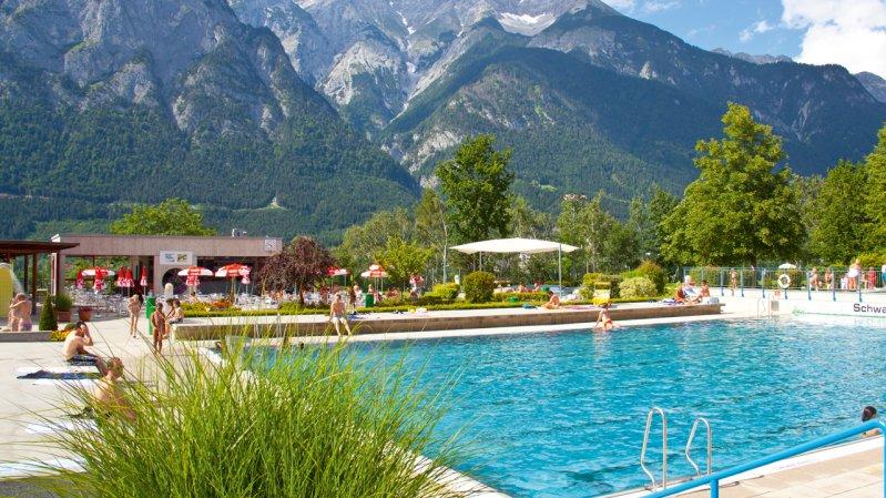 Schwimmbad Völser Badl, © Innsbruck und seine Feriendörfer / Christoph Lackner