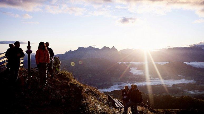 Sonnenaufgangswanderung auf das Kitzbüheler Horn, © Bergbahn Kitzbühel