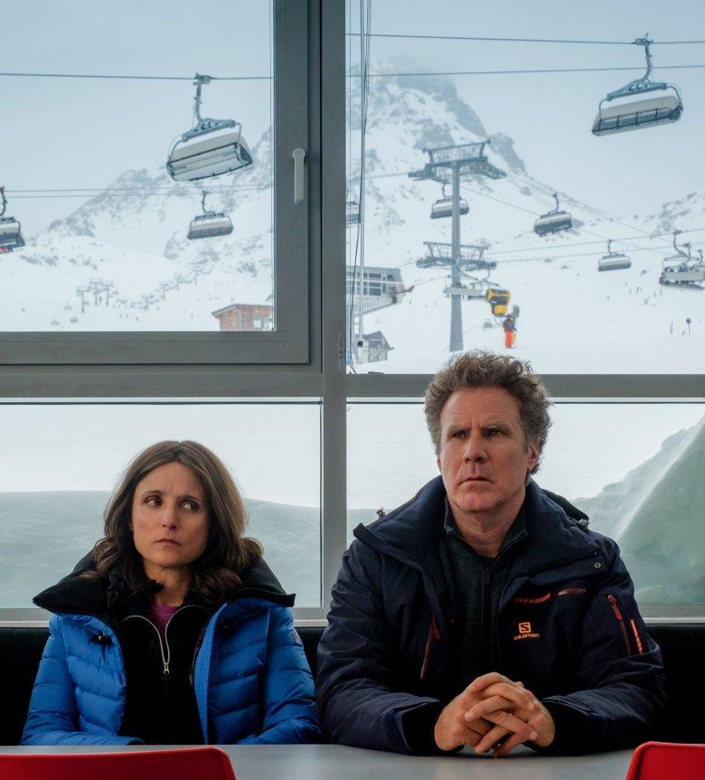 Im Büro des Pistenchefs. , © 2020 Twentieth Century Fox Film Corporation, Photo by Jaap Buitendijk