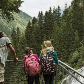 Aussichtsplattform beim Grawa-Wasserfall, © Tirol Werbung/Frank Bauer