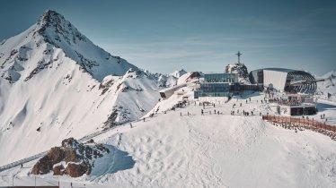 Gaislachkogelbahn mit Elements 007 & dem Restaurant Ice Q in Sölden, © Ötztal Tourismus