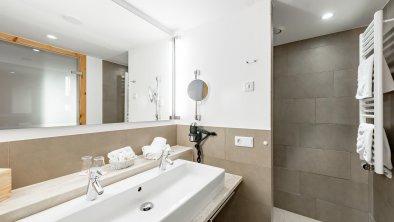 Badezimmer Doppelzimmer Weitsicht Deluxe