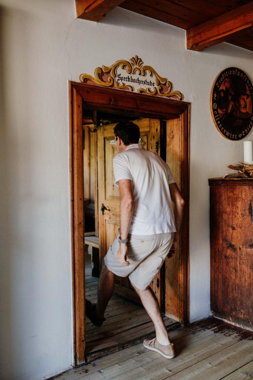 Kopf einziehen beim Betreten der Speckbacherstube nicht vergessen
