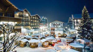 Romantischer Weihnachtsmarkt im Dorfzentrum, © Olympiaregion Seefeld, Stephan Elsler