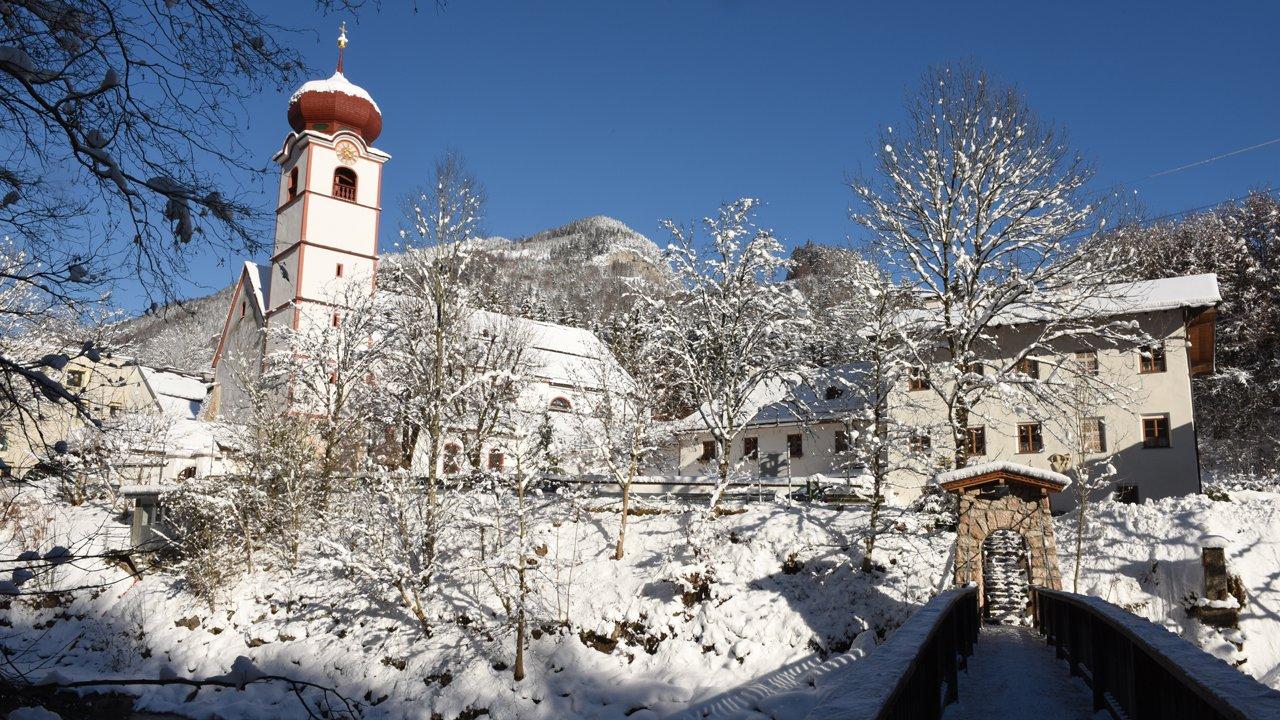 Kramsach im Winter - Mariathal Basilika, © Alpbachtal Tourismus / B. Berger