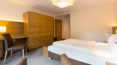 Top 4 - Schlafzimmer 1