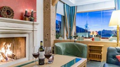 Lounge mit Kamin Hotel Inntalerhof