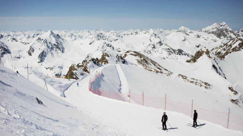 Skifahren am Pitztaler Gletscher, © Tirol Werbung/Verena Kathrein