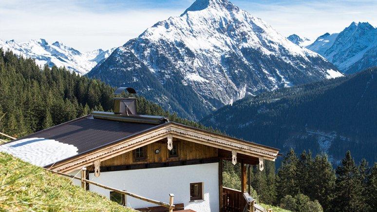 Hütten in Tirol: Almhütte Neurauth in Finkenberg, © Familie Mitterer