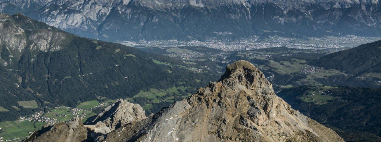 Ausblick vom Gipfel auf Innsbruck, © Heinz Zak
