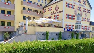 Hotel-zum-Lamm-Sommer-Tarrenz