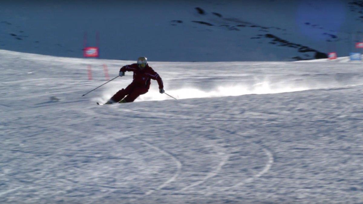 Skifahren lernen: Carving-Technik   Skikurs online, © Tirol Werbung