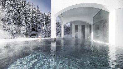 MOOSER_Hotel_Pool